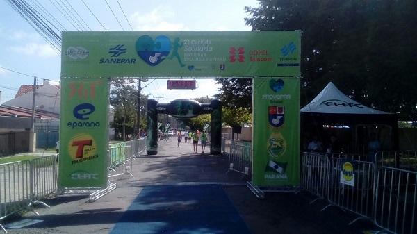 Locação de Tendas Curitiba - Locamos grades e tendas p/eventos